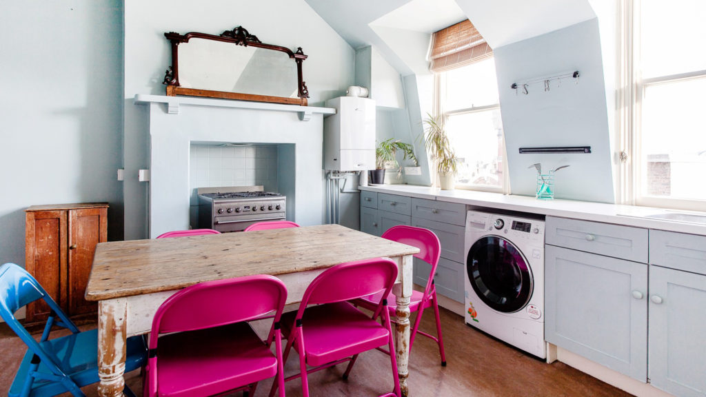 Outlet Residential London flat with pink chairs
